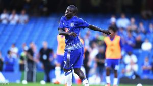 LONDON, ENGLAND - AUGUST 15:  N'Golo Kante of Chelsea warms up prior to the Premier League match between Chelsea and West Ham United at Stamford Bridge on August 15, 2016 in London, England.  (Photo by Mike Hewitt/Getty Images)